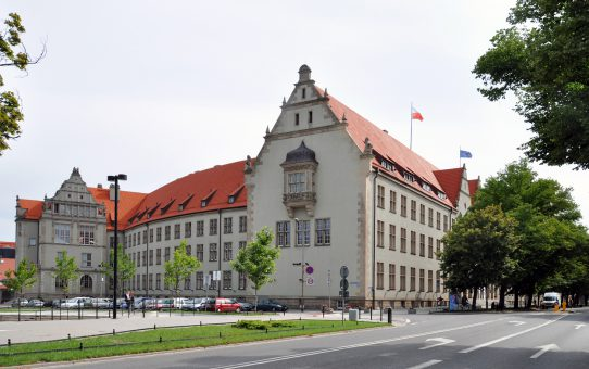 politechnika_wroclawska_-_budynek_glowny